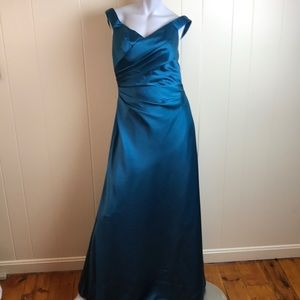 Alfred Angelo Teal Sleeveless Prom Formal Gown